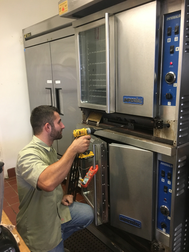 Commercial oven maintenance image