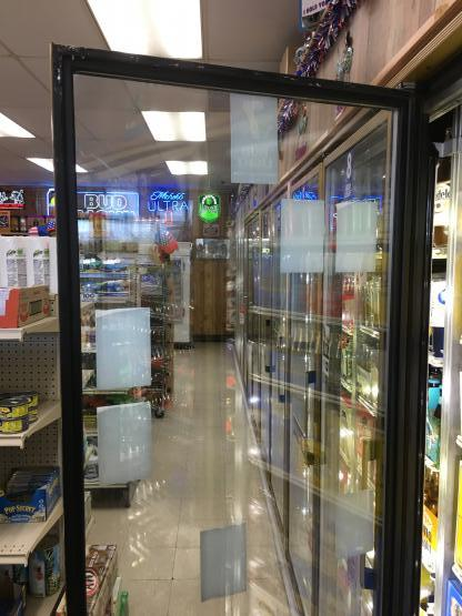 Commercial Walk in Glass door repair  image